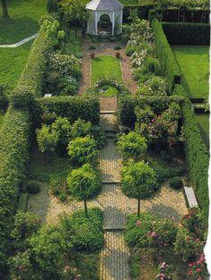 Ummauerter Garten Ummauerter Garten – Famous Last Words English Garden Design, Garden Design Plans, Cottage Garden Design, Diy Garden, Dream Garden, Garden Park, Small English Garden, Small Garden Plans, English Landscape Garden