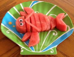 18 Totally Cute Ways to Serve Fruit to Kids - One Crazy House                                                                                                                                                      Más