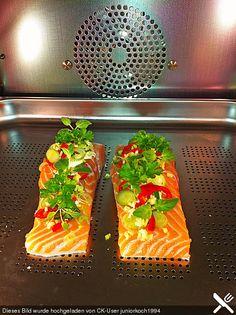 Lachsfilet aus dem Dampfgarer, ein sehr schönes Rezept aus der Kategorie Fisch. Bewertungen: 4. Durchschnitt: Ø 4,2.