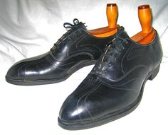 1920s men's Art Deco shoes