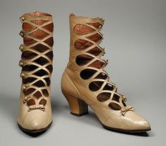 amazing pair of Victorian woman's leather boots, circa 1895