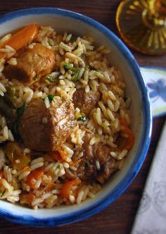 Rice with spare ribs and peppers Pork Rib Recipes, Rice Recipes, Ribs And Rice Recipe, Easy Cooking, Cooking Recipes, Portuguese Recipes, Portuguese Food, Spare Ribs, My Favorite Food