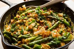 Recipe: Spanish asparagus revuelto || Photo: Fred R. Conrad/The New York Times