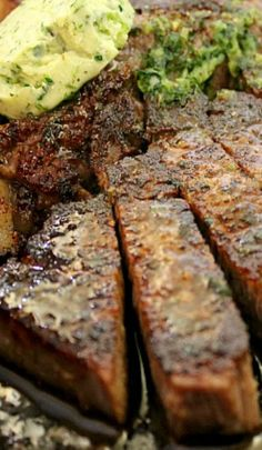 Perfect Porterhouse Steak with Parsley Shallot Butter ~ This method for the perfect porterhouse is easy and foolproof. The flavored butter infuses this juicy steak with even more flavor. Need to sub parsley with Cilantro. Pork And Beef Recipe, Steak Recipes, Grilling Recipes, Cooking Recipes, Porterhouse Steak, Flavored Butter, Juicy Steak, Beef Ribs, Pork Dishes