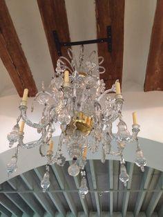 Impresionante lámpara del techo.