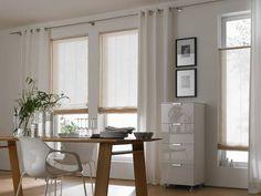 Vor allem für den Essbereich geeignet: Helle Fensterdekorationen, die blendendes Sonnenlicht aussperren, trotzdem aber genügend Licht herein lassen.