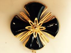 kelley Hollis Maltese Cross Maltese Cross, Brooch, How To Wear, Stuff To Buy, Jewelry, Fashion, Moda, Jewlery, Jewerly