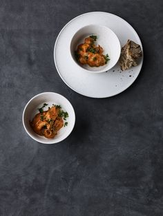 Octopus in tomato sauce with chorizo - one of our favourites from the Spanish cuisine are the squid in a creamy tomato sauce with chorizo and a good taste of smoked paprika.