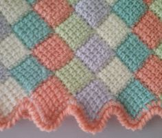 JUBILOCIOS: MANTA BEBÉ Tunisian Crochet, Crochet Stitches, Knit Crochet, Afghan Patterns, Kids And Parenting, Projects To Try, Quilts, Blanket, Knitting