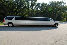 Limousine Service Miami with fleet of exotic limousines to fit any budget and any size wedding party. :- http://bit.ly/18lCP5f #Miami_Limo_Services #Car_Service_Miami
