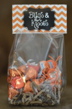 Bugs and Kisses Treats for Halloween - easy and cute!  #halloween #orange #fall