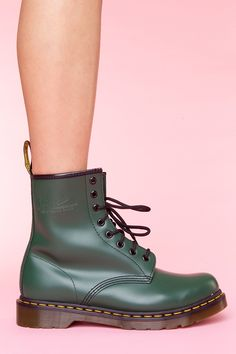 Classic 8 Eye Boot - Green
