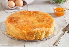 Torta morbida alla marmellata semplice e veloce