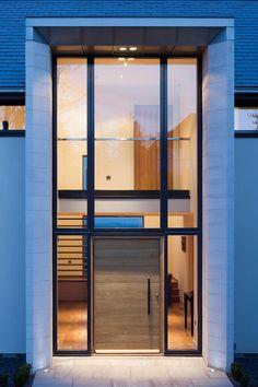 Urban front - Parma Pivot in European Oak with Option 10 REF: - entrance - Door Design Modern Entrance Door, Modern Front Door, Front Door Entrance, House Front Door, Front Door Design, Entrance Design, Glass Front Door, House Doors, House Entrance