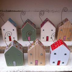 Mothers Day little wooden house gift by ThePipHouse on Etsy Wooden diy - Wooden crafts - Wooden toys Scrap Wood Crafts, Driftwood Crafts, Cork Crafts, Wooden Crafts, Wooden Diy, Diy And Crafts, Small Wooden House, Wooden Houses, House Gifts