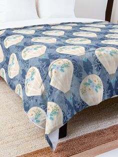 'Hot Air Balloons' Comforter by Shane Simpson Hot Air Balloon, Square Quilt, Quilt Patterns, Comforters, Balloons, Quilts, Blanket, Pillows, Stuff To Buy