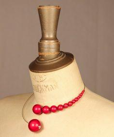 Collier Arobas Rouge perles magiques