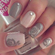 #tgif#pinknails#flowernails#cutenails#glitternails#simplenails#love#cute#nailart#pink#glitter#pureice#igotaconfection#taupeitoff#nailpolish#flowers#ignails#nailstagram#mani#uñas#nails2inspire#nailitdaily#nailideas#easynails#nailitmag#glitternails#girls#follow#nail