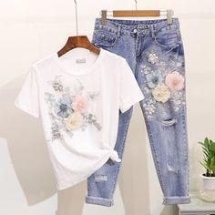 Blusa manga tres cuartos rosada con estampado en flores