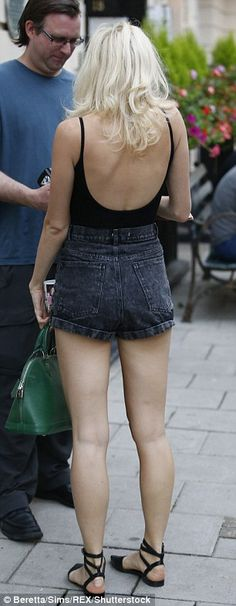 Pixie Lott looks flaunts her incredible legs in black denim hotpants Pixie Lot, All About Eyes, Black Denim, Mail Online, Daily Mail, All Black, Leather Skirt, That Look, Backless