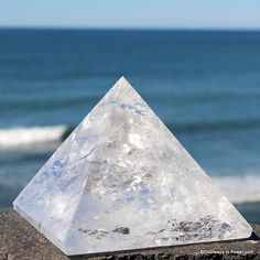John Of God Quartz Pyramid Devic Temple Healing Crystal Brazil Lb Reiki, Crystal Healing, Brazil, Temple, Quartz, Cap, Crystals, Baseball Hat, Temples