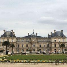 Palácio de Luxembourg #paris #france #europa #eurotrip #turistando #turismo #ferias #viaje #viajar #trip #travel #city #jardindeluxembourg #palaisduluxembourg