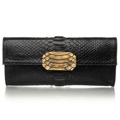 Complete any outfit with this faux snake skin purse. Another plus: it's completely vegan!