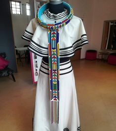 Xhosa Attire, African Attire, African Dress, African Clothes, African Fashion Dresses, African Traditional Wear, Traditional Wedding Dresses, Jewelry Party, African Women