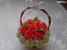 Kwiaty z krepiny-kompozycje-dekoracje-rękodzieło-stroiki-upominki-