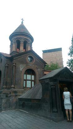 St. Zoravor church in yerevan. By visitarm.com