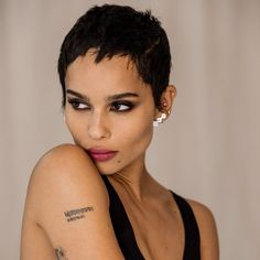 """""""Secrets: Zoe Kravitz"""" from ELLE, October Read it on the Texture app-unlimited access to top magazines. Zoey Kravitz, Zoe Kravitz Style, Pixie Styles, Beard Styles, Short Hair Styles, Hat Hairstyles, Short Hairstyles For Women, Haircuts, Pixie Cut"""