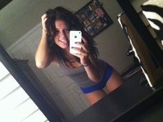 a mirror girls | http://www.isthatgirlhot.com/image/618/a_mirror_girls/