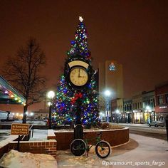 FARGO , N. D. At Christmas Time