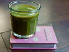 Raw Vegan Sweet Kiwi Green Smoothie.
