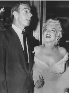 Marilyn and Joe DiMaggio:1954