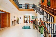 Foyer, Hallway, Stairs LOC 2337