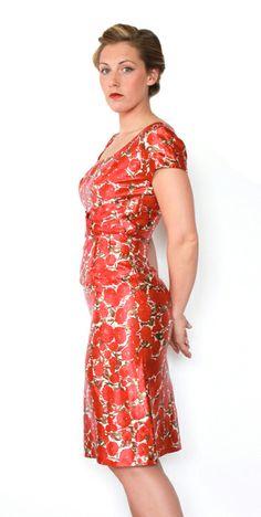 Vintage 1950s wiggle dress by Jeanette Alexander.  https://www.etsy.com/listing/191768134