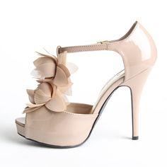nude heels. need.