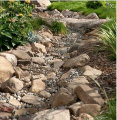 Dry Creek Bed For Backyard Drainage
