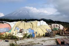 After opening in 1997 near Mt. Fuji, in Kawaguchi, Japan, this creepy theme park called Gulliver's Travels only lasted 10 years before it was scrapped.