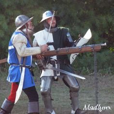 Arquebusiers in action.