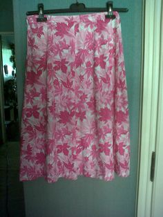 pink leaves skirt