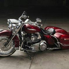 Harley Davidson News – Harley Davidson Bike Pics Harley Bagger, Harley Davidson Trike, Bagger Motorcycle, Harley Bikes, Girl Motorcycle, Motorcycle Quotes, Steampunk Motorcycle, Vrod Custom, Custom Baggers