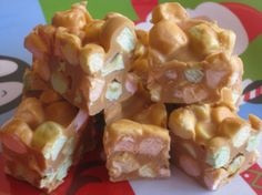 Kara's Recipe: No-Bake Peanut Butter Marshmallow Squares (nut free option using wow butter, soy product) Holiday Baking, Christmas Baking, Christmas Deserts, Christmas Treats, Coconut Marshmallow Recipe, Easy Desserts, Dessert Recipes, Recipes With Marshmallows, Sugar Cravings