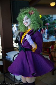 Female joker cosplay. I could totally rock this for Halloween :D