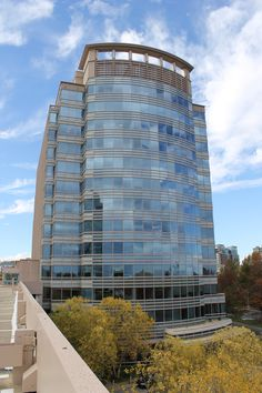 Tysons II, Building C- HENRY ADAMS designed the mechanical, electrical and plumbing systems for this 13-story building with basement and penthouse.