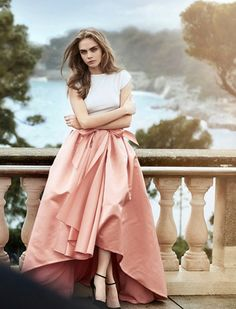 Cara Delevingne by Peter Lindbergh for Vogue #Cara_Delevingne #Woman #Beauty