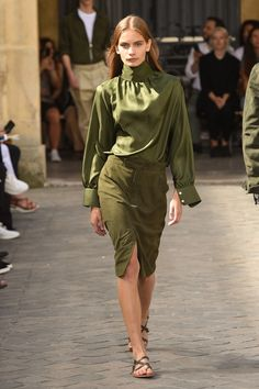 Officine Generale Spring 2018 Ready-to-Wear  Fashion Show Collection