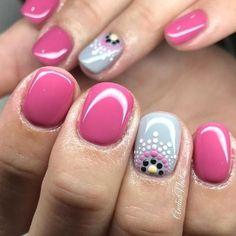 Spring Nail Art, Nail Designs Spring, Spring Nails, Dot Nail Designs, Dotting Tool Designs, Nail Art Dotting Tool, Nail Summer, Simple Nail Art Designs, Shellac Nails