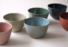Versandbereit: Set aus 6 Tassen in rosa blau von GeschirrManufaktur